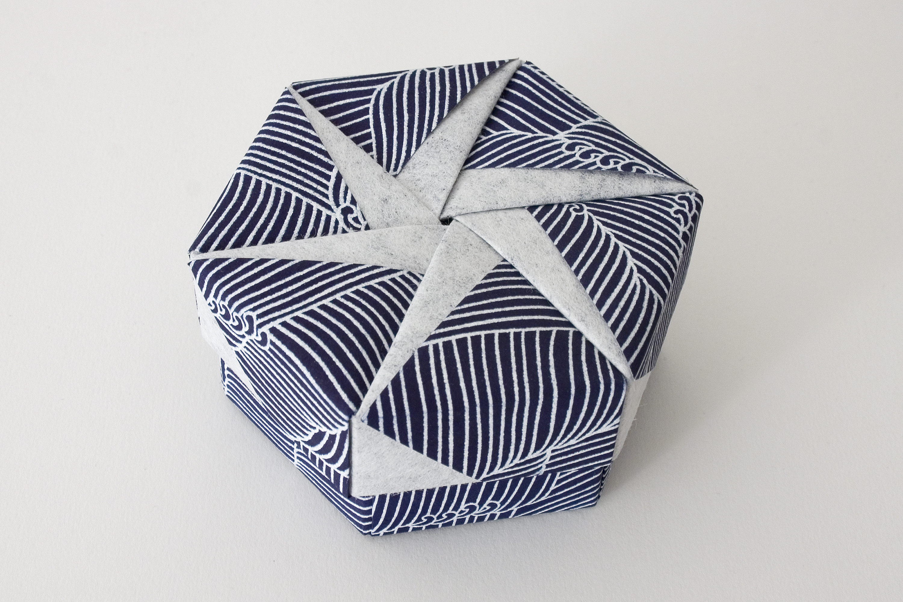 Hexagonal Origami Box with Lid #16 | Flickr - Photo Sharing! - photo#22