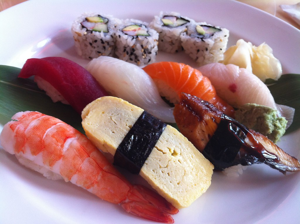 Sushi at Pod