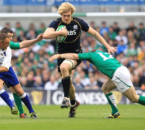 Gray segna contro l'Irlanda