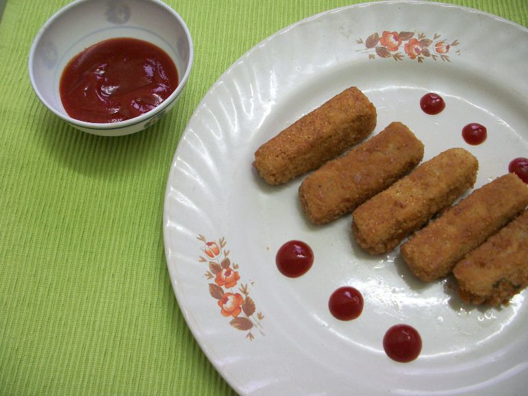 Cheese Rawa Fingers / Semolina(Sooji) Fingers –Kids Special Recipes /Snacks under 30 mins