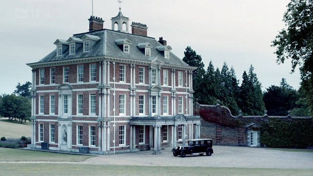 DowntonAbbeyS02E09_SirAthonyHouse_exterior