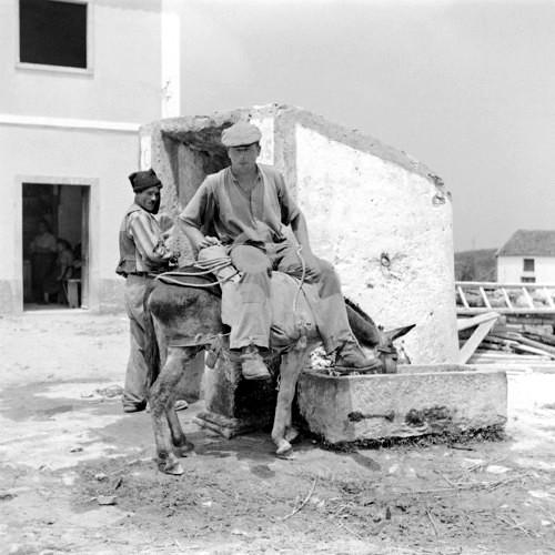 Poço coberto, Janas, 1957. Arquivo da Ordem dos Arquitectos,