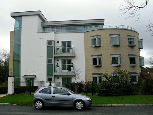 Modern Deco Style Flats, Cheltenham, Gloucestershire.