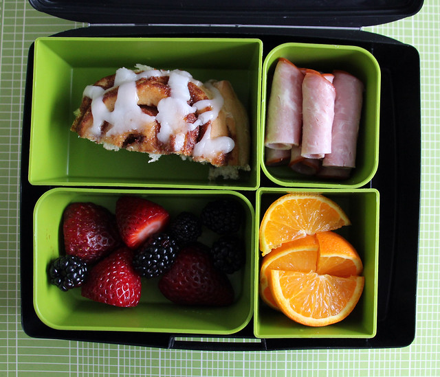 Big Kid Cinnamon Bun Bento #889