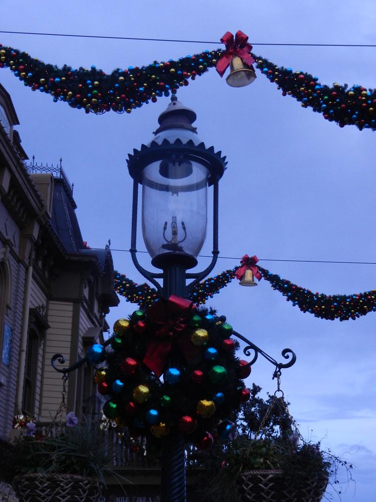 Un séjour pour la Noël à Disneyland et au Royaume d'Arendelle.... - Page 2 13643541474_f41776d267_b