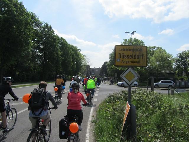 Heute mal mit ganz vielen anderen nach Düsseldorf.