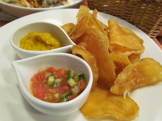 Vege Cafe - Chips with Pumpkin Dip and Salsa
