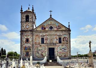 Cemetery at Paróquia de Santa Maria de Válega, Portugal