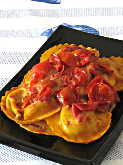 Ravioli di Polpa dI Granchio in Salsa Piccante di Cocco alla Vaniglia