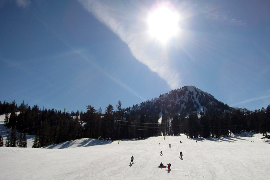 022512_skiing07