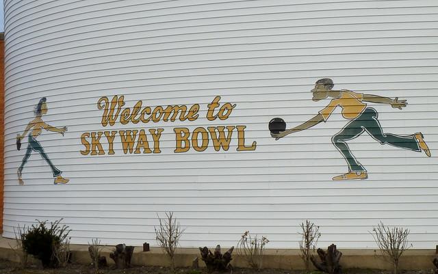 Skyway Bowl
