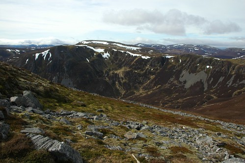 Carn a' Gheoidh from the Cairnwell