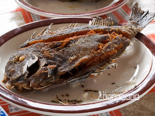 Seaside dining in Talisayan