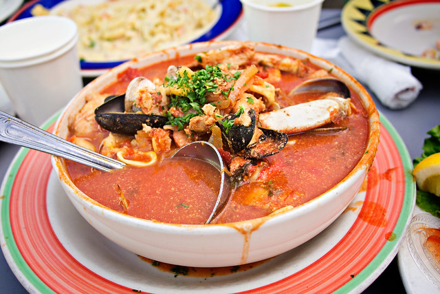 phil's fish market cioppino