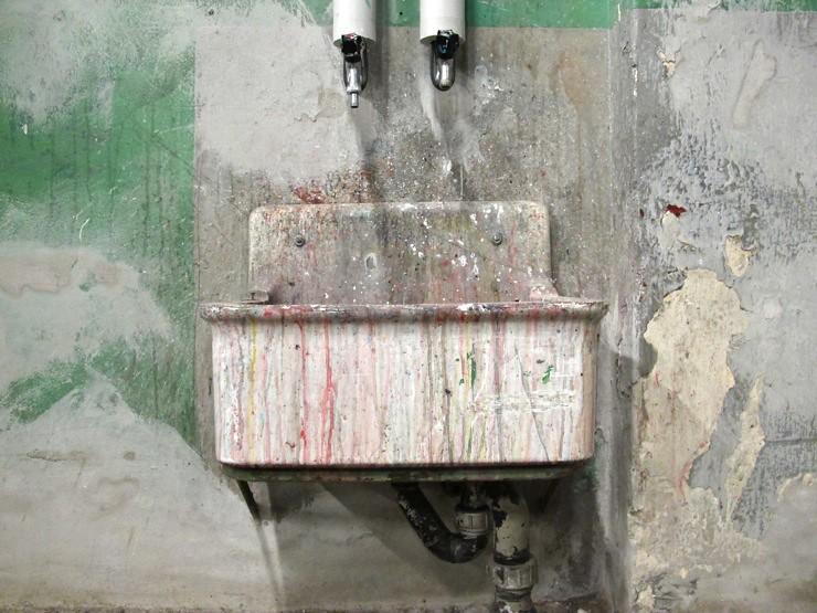 Sexy sink