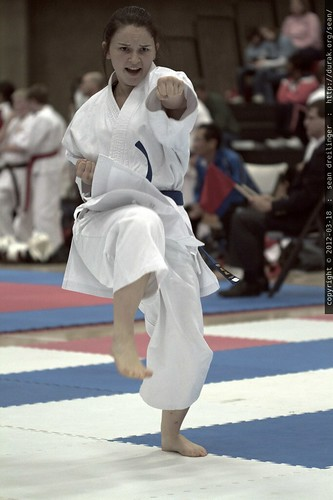 unsu   women's kata    MG 0619