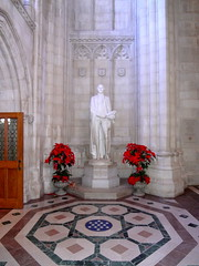 Washington Masonic Statue