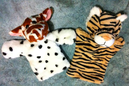 Giraffe/dog composite & spare tiger puppets