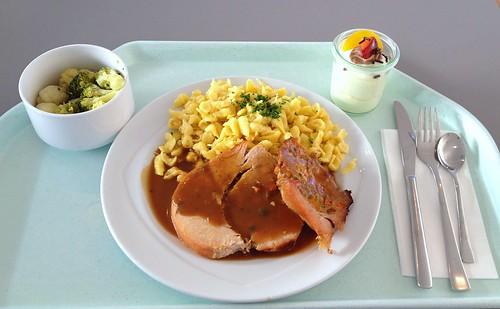 Putenrollbraten mit Kräutersauce & Spätzle / Rolled turkey roast with herb sauce & spaetzle