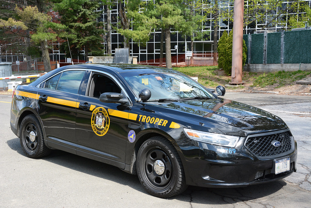 Taxi Albany Ny >> Picture Of New York State Trooper Car (1T20) - 2014 Ford T ...