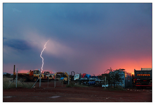 sunset clouds southafrica tramonto nuvole desert cielo 7d kalahari deserto lampo sudafrica northerncape lampi fulmine fulmini kalaharidesert kathu sishen canon7d canon1585