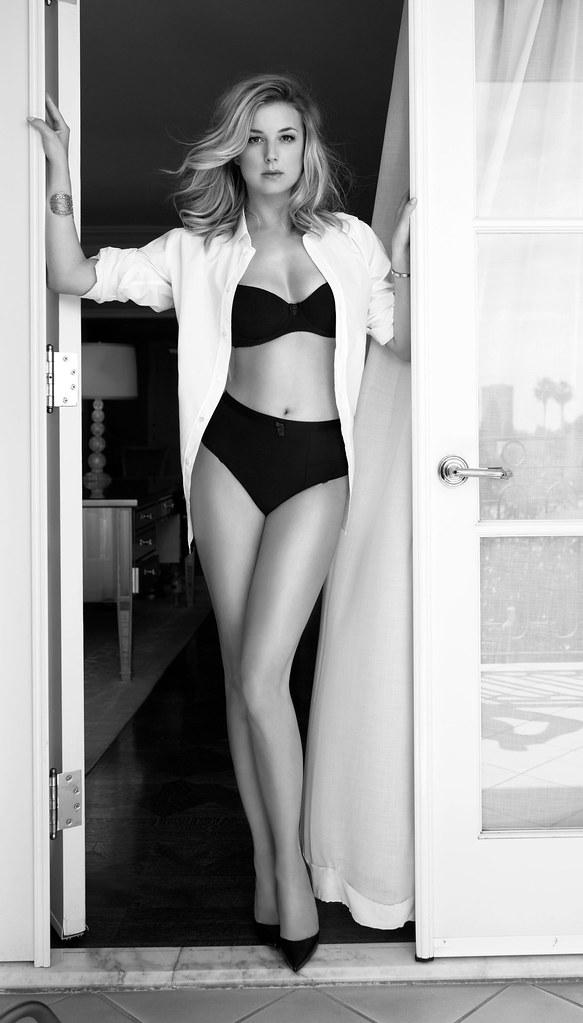 Эмили ВанКэмп — Фотосессия для «Sharp» 2016 – 5