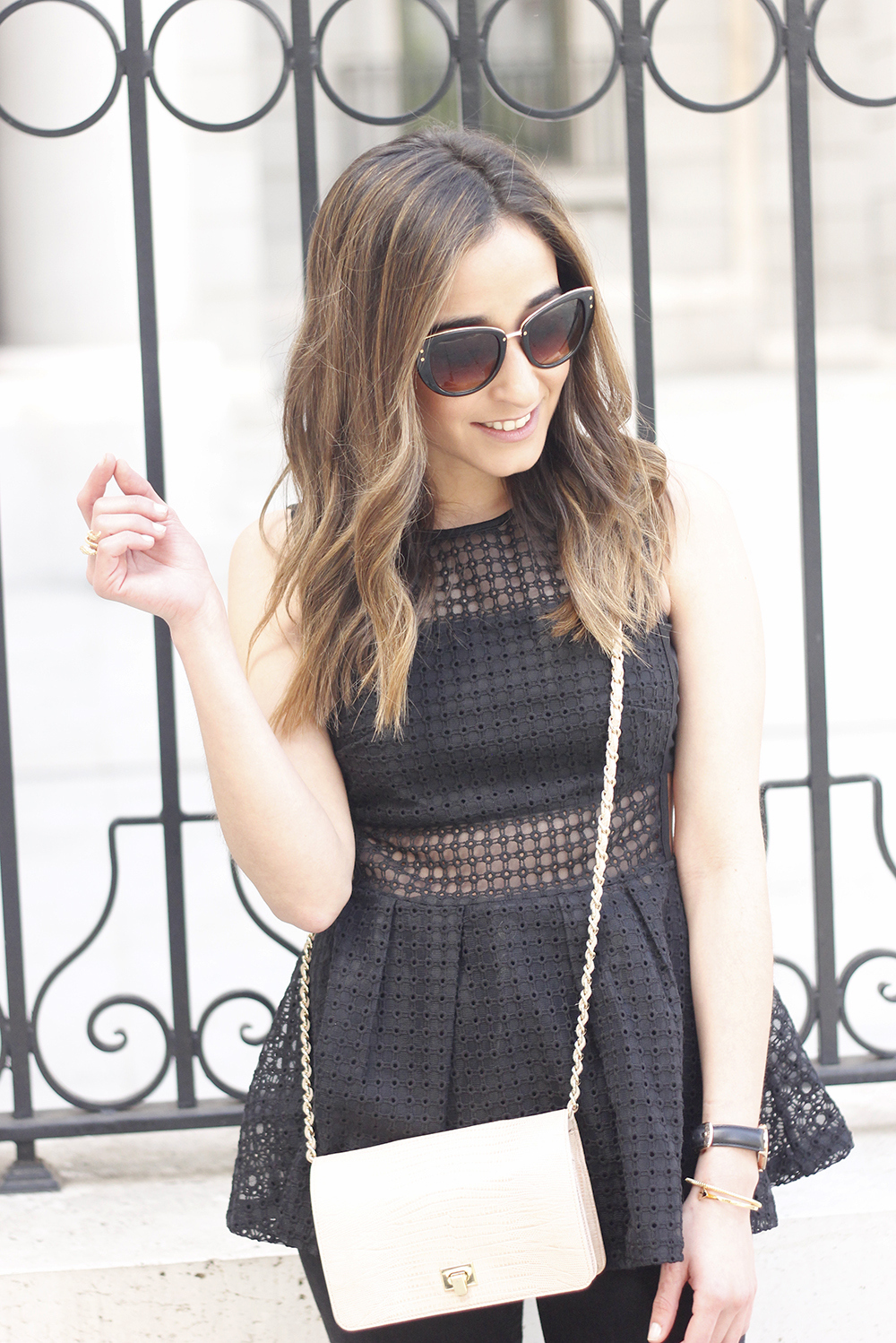 black peplum top sheinside black jeans sandals nude bag accessories sunnies spring outfit style03