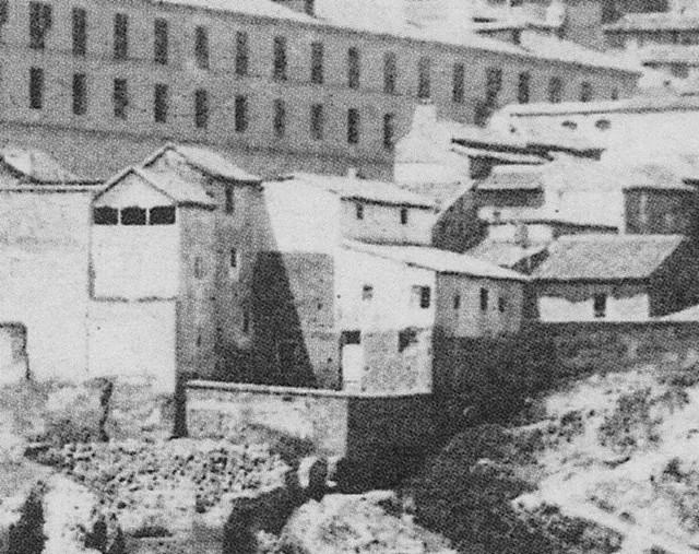 Mesón del Sevillano en 1863. Fotografía de Ernest Lamy (detalle)