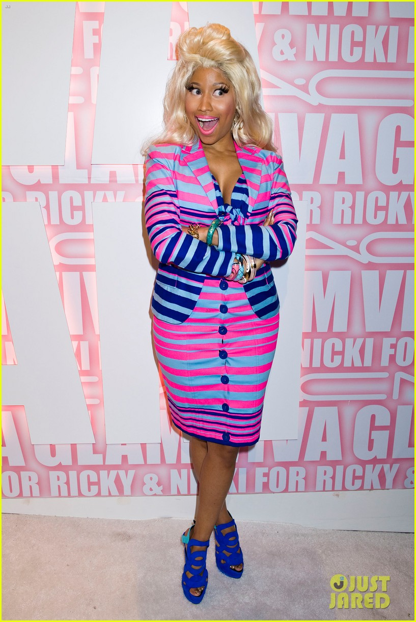 Nicki-Minaj-Giuseppe Zanotti Caged Sandal