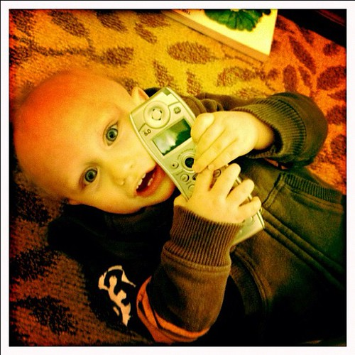 Talky Talky ☎ #instadaily #iphone4s #febphotoaday #phone #babycake #hipstamatic