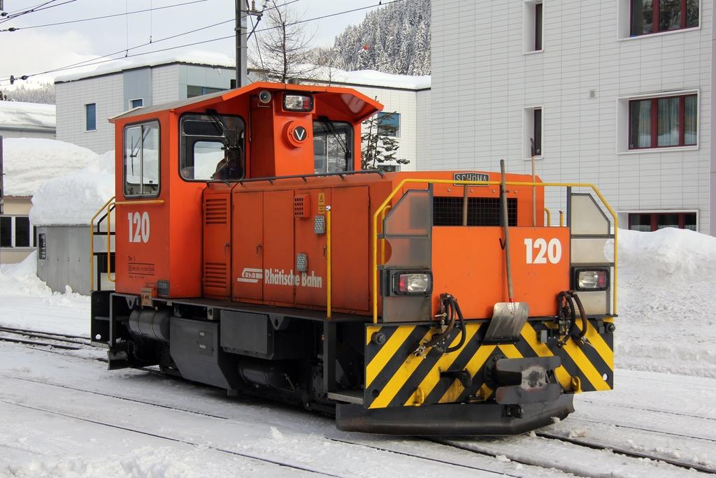 Tm 2/2 120 des Rhätische Bahn