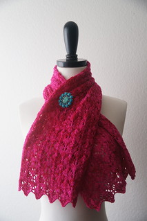 Baah Scalloped Scarf by Fickle Knitter Design