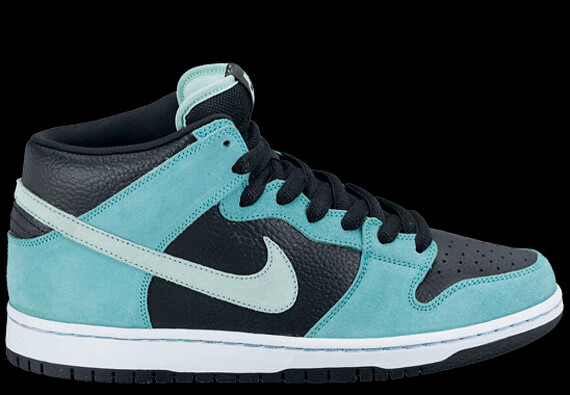 March 2012 Dunk Mid