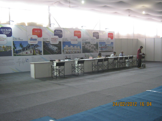 Waiting for property buyers - Visit Sakal Gudi Padwa Gruhotsav 2012, New Agriculture College Ground, Range-Hills, Sinchan-Nagar Pune 411 020
