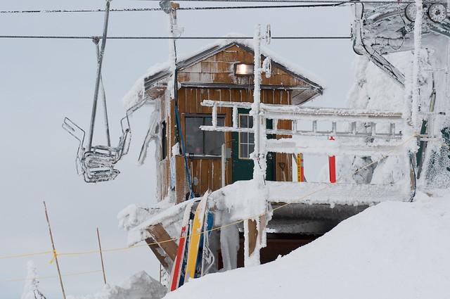 Overcast Ski Day (3 of 12)