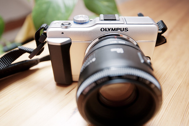 Olympus E-PL1 with Canon 50mm F1.8