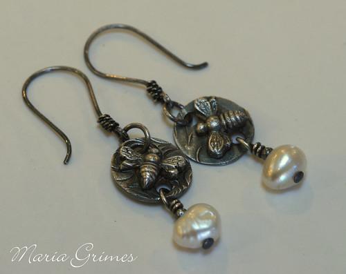 Buzzz Bee Fine Silver Earring