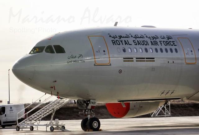الموسوعه الفوغترافيه لصور القوات الجويه الملكيه السعوديه ( rsaf ) - صفحة 3 6966748559_c5a17747d9_z