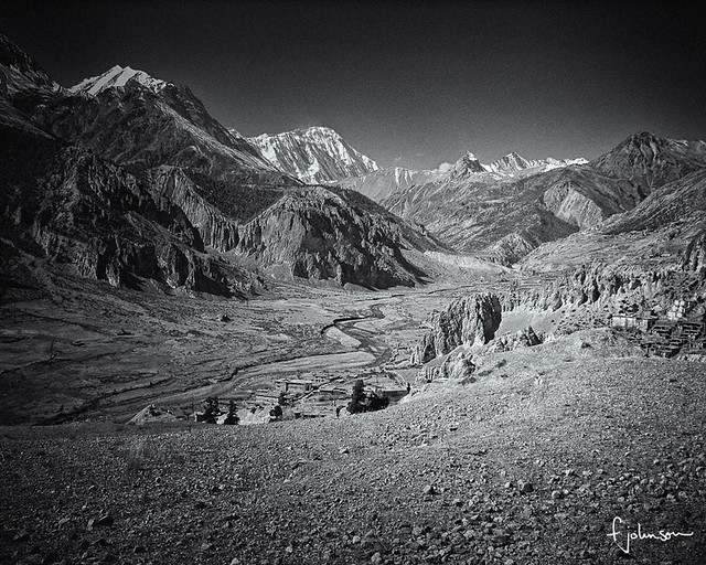 Manang Valley BW 1551