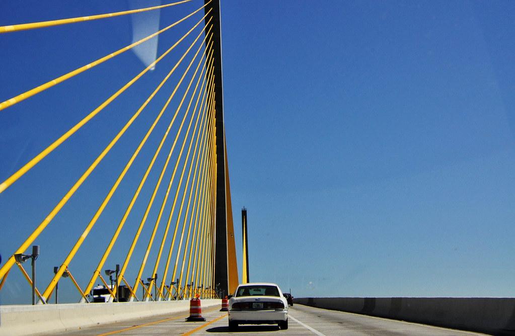puente-jaune