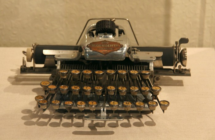 antiquetypewriter