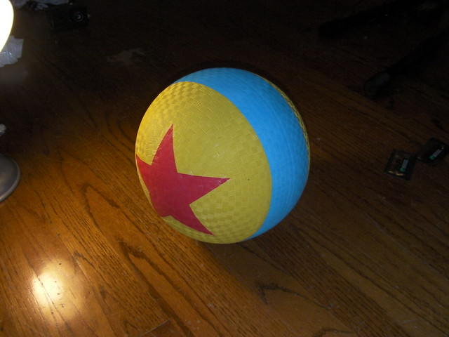 Toy Story Ball : Pixar planet view topic toy story replicas no trading