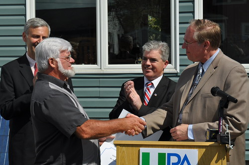 LIPA Celebrates Earth Day with a Host of Solar Accomplishments and Initiatives