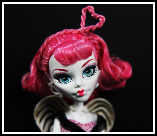 Cupid by DollsinDystopia