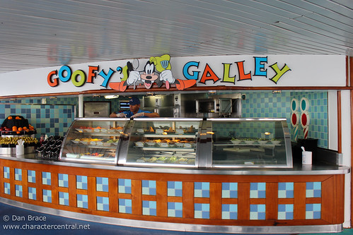 Goofy's Galley, Deck 9