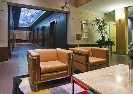 Iluminacion natural en tu casa con los tragaluces o claraboyas for Cortina para claraboya de techo