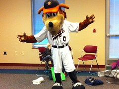 Keyote Reads with the Frederick Literacy Council