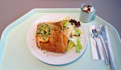 Chili con Carne Crêpe & Salat