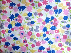 Lightweight vintage-looking floral