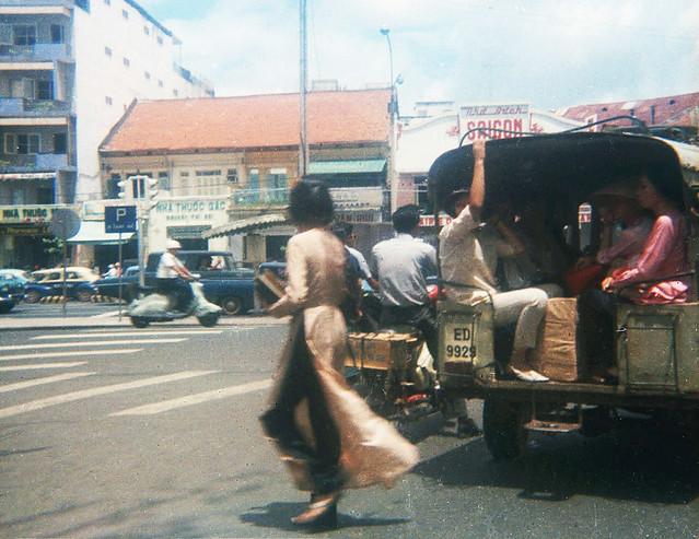 Saigon 1969 - Le Loi Avenue